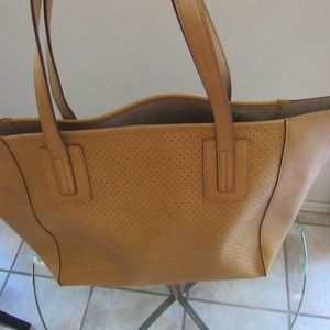 Neiman Marcus Bags - Neiman Marcus Travel Tote w/ pouch Saddle Tan NWT